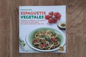 Reseña de «Espaguetis vegetales», de Francesca Più